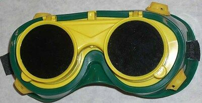 Green Yellow Welding Goggles 50mm Round Flip Front Lens Shade 5