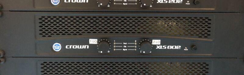 Crown XLS 802 1000 Watt Power Amplifier