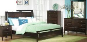 7PC King Bedroom Set Floor Model *Layaway Plans Available*