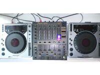 Pioner CDJs 800 Mk1 and Pioner DJM 600 mixer