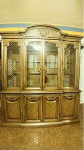 Beautiful Classic Dining Set and China Cabinet Windsor Region Ontario image 3