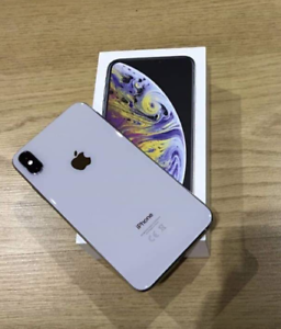 iPhone XS Silver 256gb Brand New Condition
