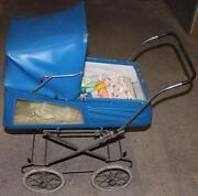 Alter Kinderwagen