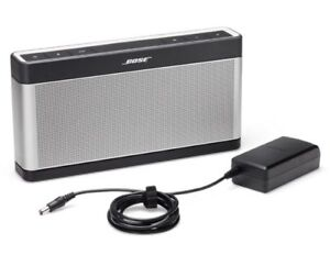 Brand New Bose SLIII Portable Speaker