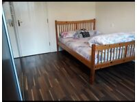 Double room in shared house - Wick road, BS4
