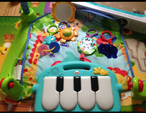 Fisher Price Infant to Toddler Piano Mat/Gym