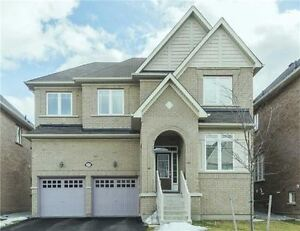 Amazing 4 bedroom House  (Richmond Hill) 45 Heron Hollow Ave