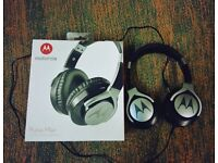 Motorola pulse max headphones new boxed unused