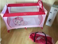 Disney Hauck dream and play travel cot