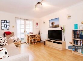 Spacious one bedroom flat for rent