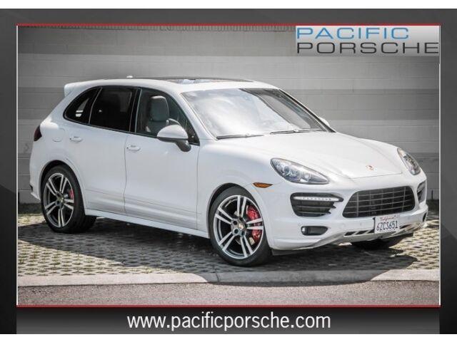 Imagen 1 de Porsche Cayenne white