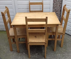 Dining Table & Chairs Pine