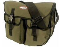 Airflo Streamtec medium sized Stalker fly fishing bag in Green. With removable inner. Brand new