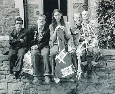 Christopher Ryan, Rik Mayall & Adrian Edmondson photo - H4377 - The Young Ones