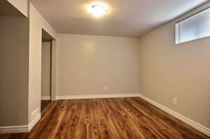 Beautiful 2 bedroom, steps away from the Grand River Cambridge Kitchener Area image 5