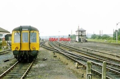 PHOTO  KETTERING RAILWAY STATION. 121 CLASS. TIME OF SHORT LIVED SERVICE TO CORB