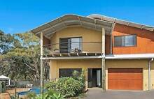 TOWNHOUSE: CASTAWAY BEACH HOUSE (LIGHTHOUSE BEACH) Port Macquarie Port Macquarie City Preview