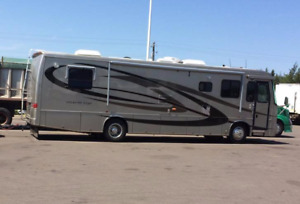 for sale 2004 Kountry Star motorhome