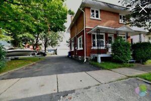 Cottage 4 cac. À vendre 114 900$ Nego.