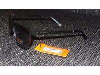 2017 Ben Sherman BEN018 Metal Flat sheet Sunglasses in Matte Black RRP £50.00