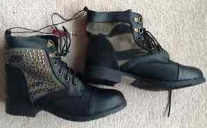 Two pairs combat boots - black and camo, new with tags Kitchener / Waterloo Kitchener Area image 2
