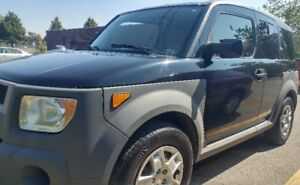 TopClean Low KM 2005 Honda Element 5 speed AC Electric Group SUV