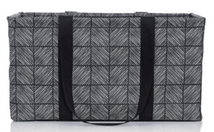 Thirty-one BRAND NEW Large Utility Totes (LUT) in packaging