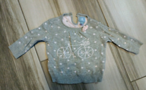 Baby Gap sweater 0-3 month