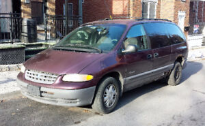 1998 Plymouth Grand Voyager Familiale