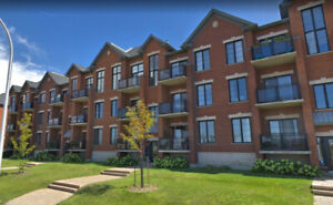 Luxurious 2 Bedroom Condo in Bois Franc (With Garage & Locker)