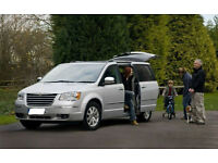 TOP OF THE MPV RANGE CHRYSLER VOYAGER LIMITED 2.8 CRD AUTO LOADED 7 SEATS