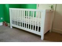 Brand New Silver Cross Silvercoss cotbed cot crib with mattress RRP 700