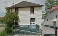 Available June 1st $700 +Hydro 2 Bedroom 65 Ontario Rd Welland