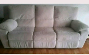 Sofa with 2 sided recliners
