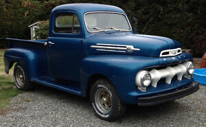 Antique 1952 Ford F100 Pickup