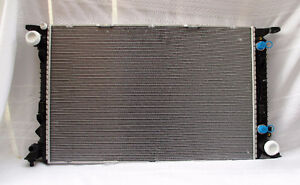 PORSCHE MACAN TURBO RADIATOR USED OEM 14 - 17