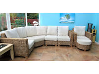 Conservatory Rattan / wicker Furniture - beige upholstery