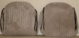 4 or 8 Zippy Jumbo Cord Beige Cushioned Seat Pads in Excellent Condition