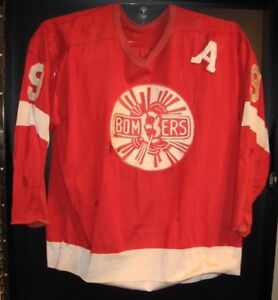 Local Collector buying Vintage Game Worn Jerseys Paying Cash !!