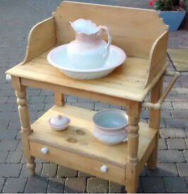 Lovely old pine washstand with drawer, and wash basin set