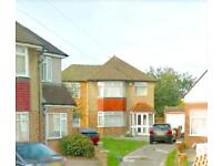4 bedroom house in Blossom way, UB7