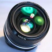 Nikon D300 Lens