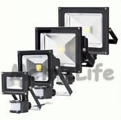 Outdoor Motion Flood Light