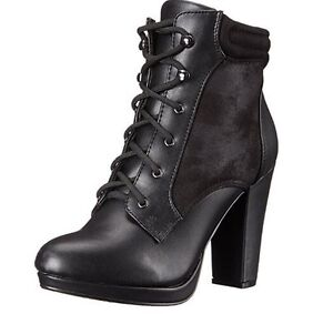Size 8 women's lace up boot West Island Greater Montréal image 1