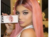 genuine kylie jenner lip kit includes matt lipstick and lip liner all colours available