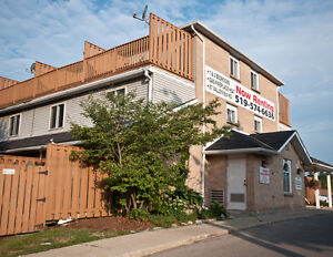2 Bedroom Condo Townhomes Walkout Upper Decks! Kitchener / Waterloo Kitchener Area image 1
