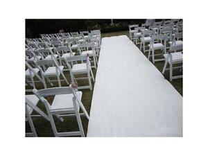 Tapis blanc pour cérémonie (white carpet runner)