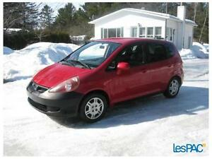 Honda Fit 2007 automatique rouge