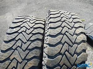 Recherche 16 (seize) pneus d'hiver LT245 75 16 E- 10 Plis