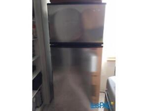 frigo stainless liquidation garantie 1 an pièce et main d'oeuvr
